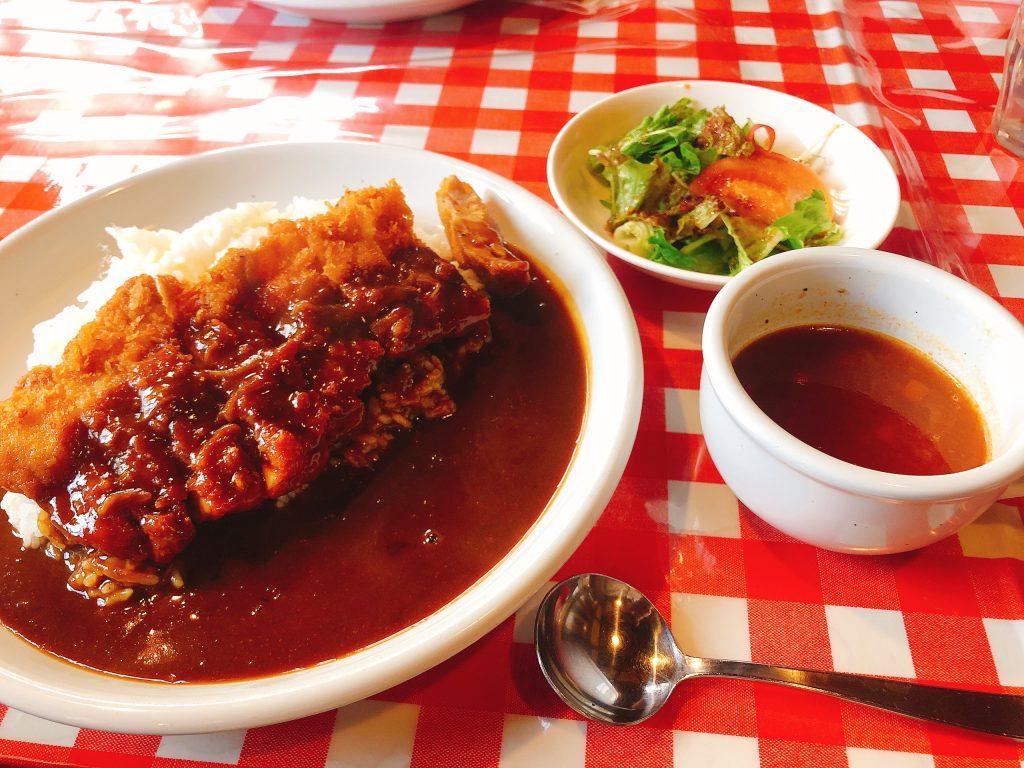 【桜町南ヴィータジオーネ】 現地近くの人気洋食屋さん