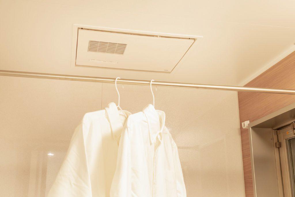 【不知火レジデンス】「浴室暖房乾燥機」で梅雨を乗り切ろう!